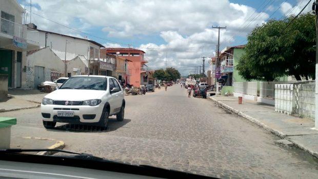 Idoso é golpeado com uma foice pelo próprio filho em Mogeiro, na Paraíba