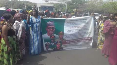 Thousands Of Market Women Flood Streets Of Abuja To Celebrate Victory Over Boko Haram