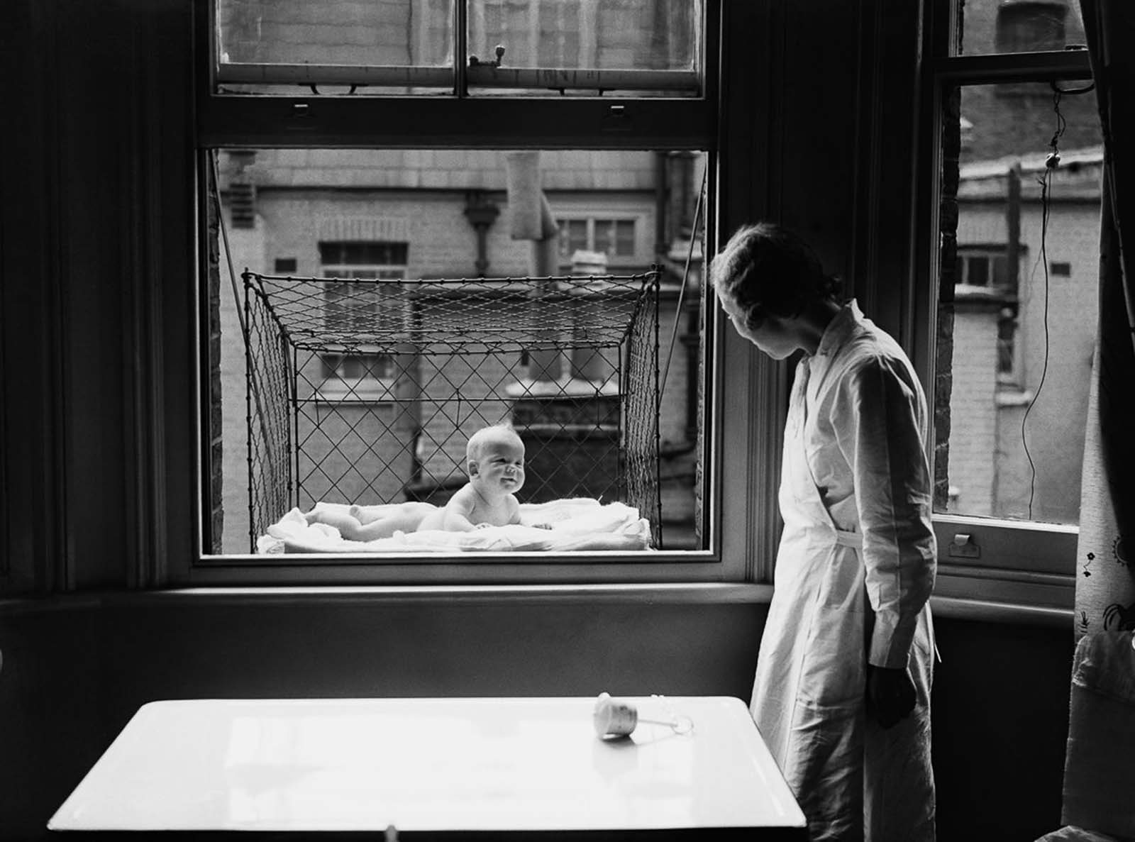 The bizarre history of the baby cage, 1934-1948