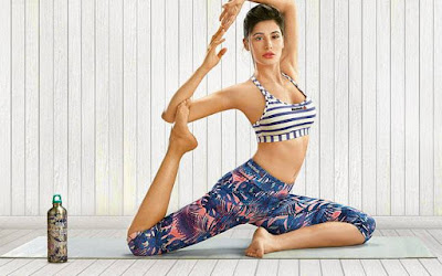 Nargis fakhri hot yoga