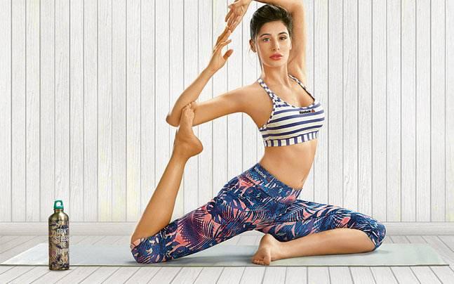Actress Yoga Whatsapp Status Photos - 1000 Status