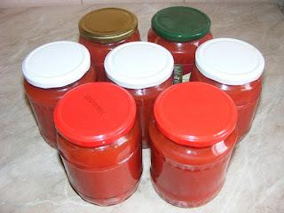 reteta suc de rosii de casa natural, conserve, retete suc de rosii, retete cu rosii, preparate din rosii, suc de rosii la blender, sanatate, nutritie, bucataria romaneasca, traditii in bucatarie,