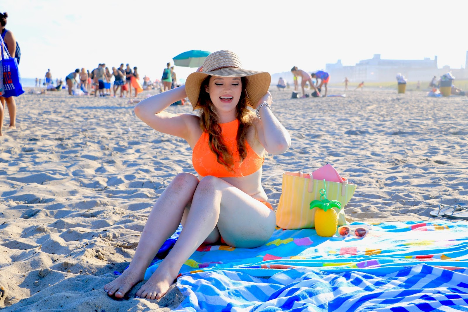 Fashion blogger Kathleen Harper on the beach