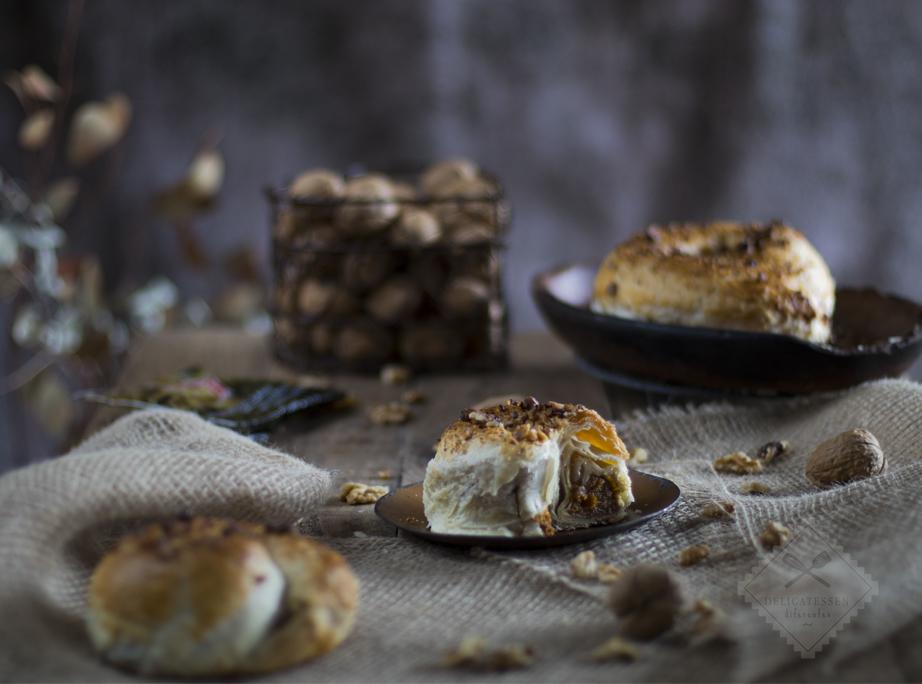 Rodanchas sefardíes. Hojaldres rellenos de calabaza, miel y nueces