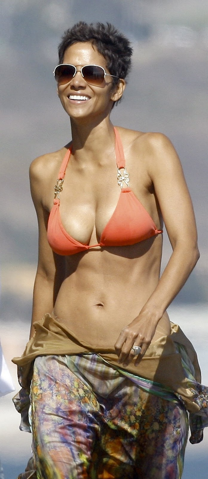 Halle Berry Halle Berry Swimsuit