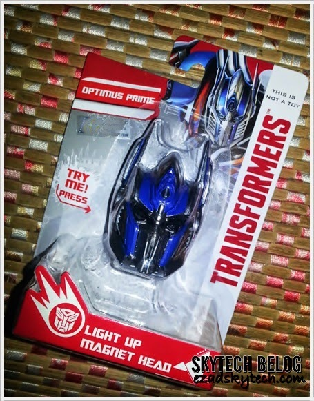 WW - Optimus Prime Light Up Magnet Head Edisi Terhad