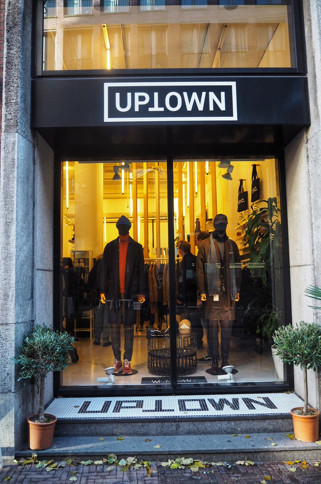 Shopping in Uptown Den Haag