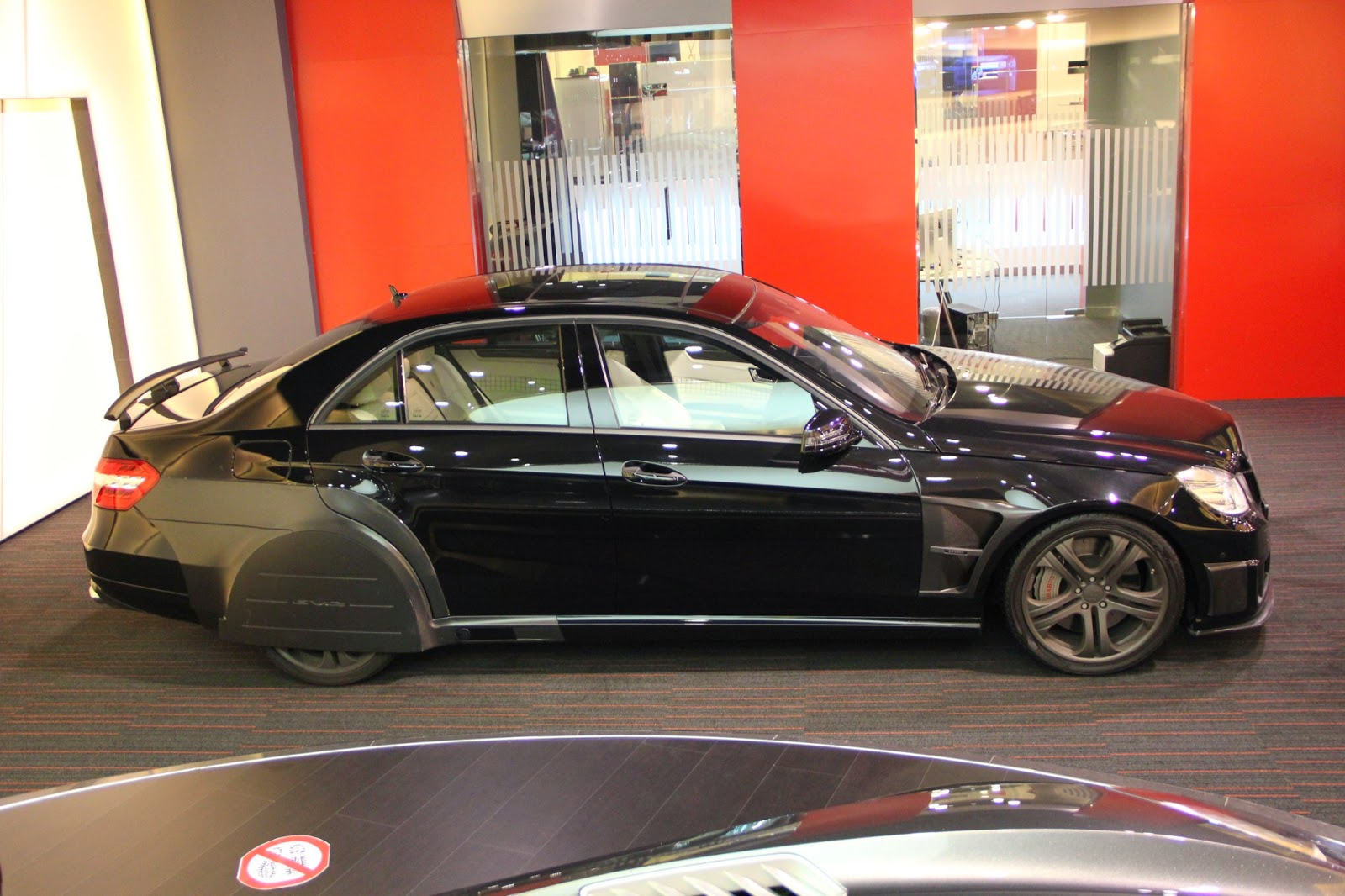 Mercedes 6X6 For Sale >> BRABUS E V12 Black Baron based on Mercedes-Benz E63 AMG ...