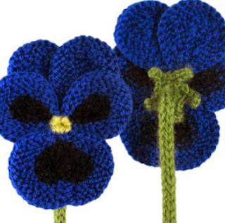 http://translate.googleusercontent.com/translate_c?depth=1&hl=es&rurl=translate.google.es&sl=auto&tl=es&u=http://www.oddknit.com/patterns/flowers/pansies.html&usg=ALkJrhgQciGTGl-ptwaBa9hIVToqAyLdrQ