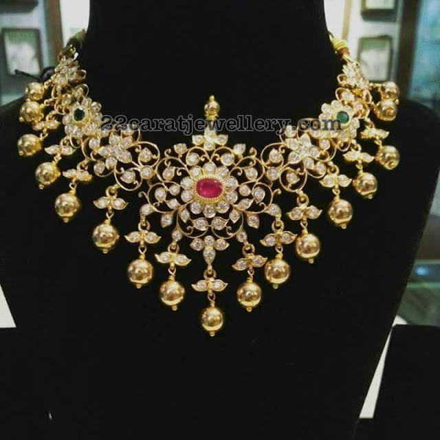 Vintage Solid 22 Carat Gold Necklace Earring Pair Set: Pachi Floral Necklace With Gold Balls