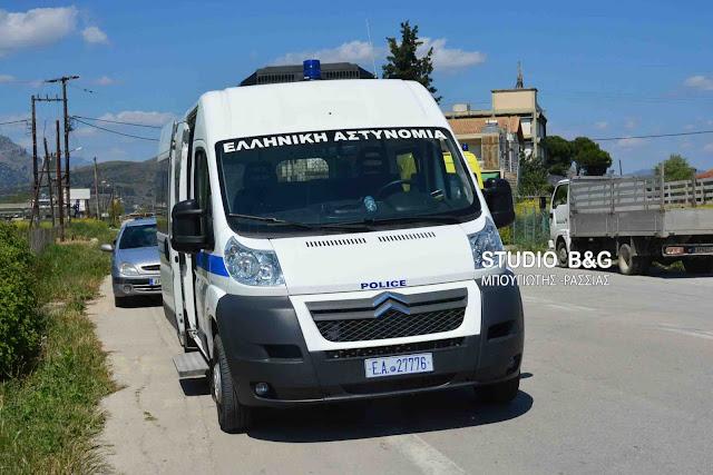 Αυτοκίνητο παρέσυρε πατέρα και γιο στην παλαιά Εθνική Οδό Κορίνθου - Επιδαύρου