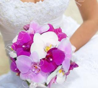 Menyasszonyi csokor pink, rózsaszín és fehér pillangó orchideából