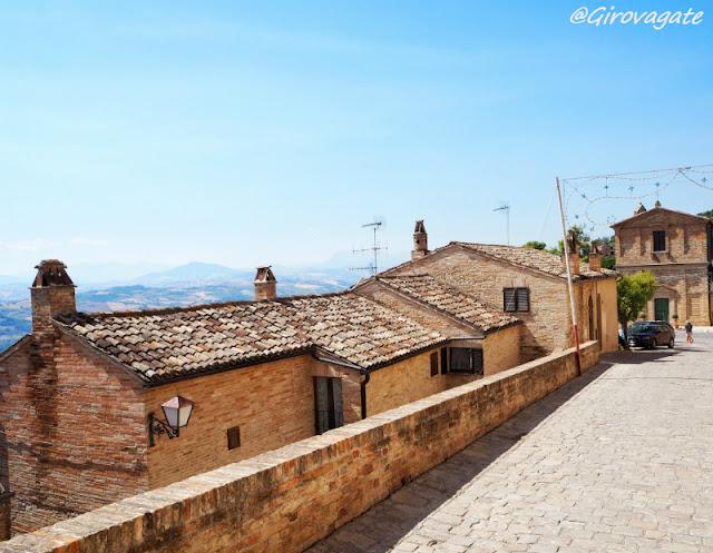 moresco borgo marche