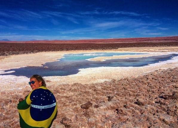 Curtindo o azul das Lagunas Escondidas - Atacama