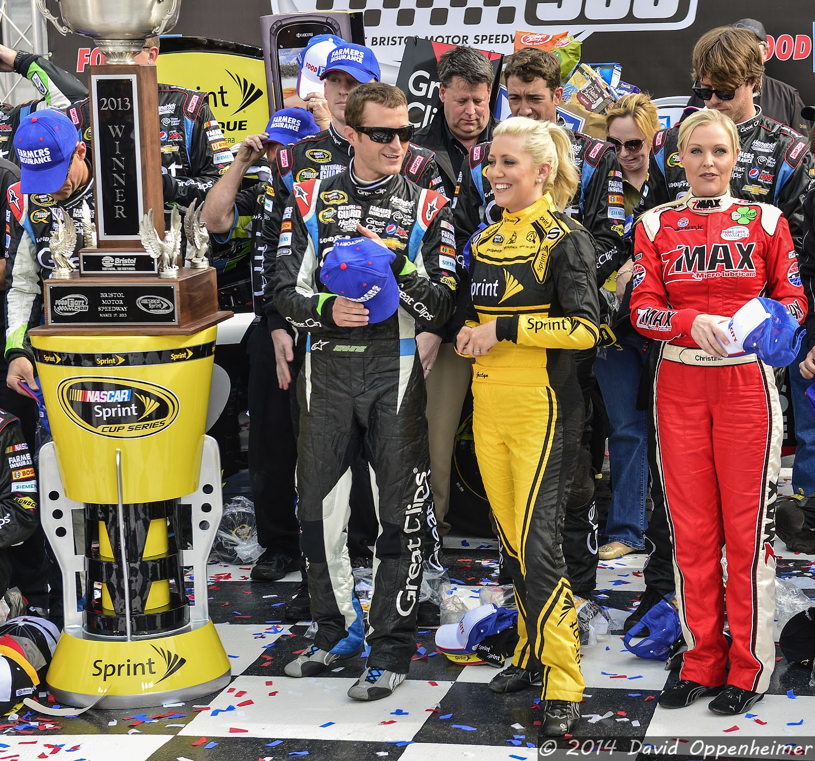 Kasey Kahne in Winner's Circle at Bristol Motor Speedway during NASCAR Sprint Cup Food City 500