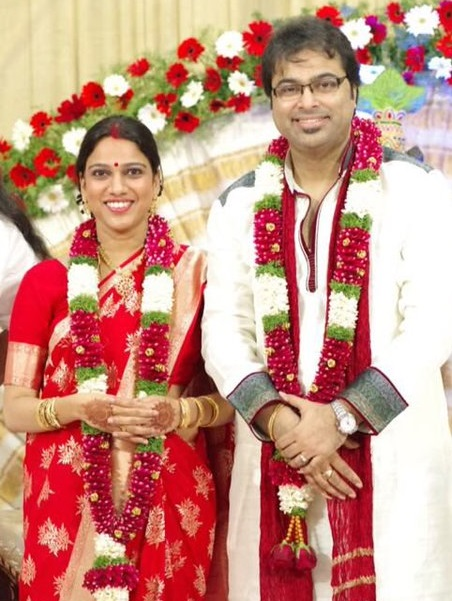 Singer Gayathri Ashokan married Musician Purbayan Chatterjee | Wedding Photos