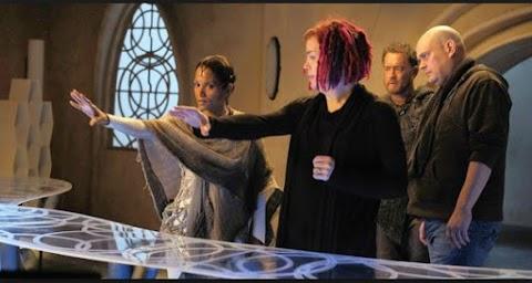 Caliente Trailer: The Wachowskis 'Jupiter Ascending'