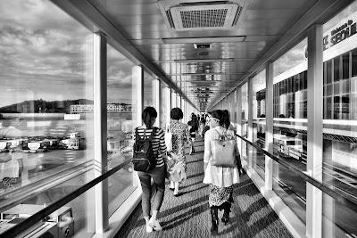 Traveling Sebisa Mungkin Hindari Menggunakan Bagasi