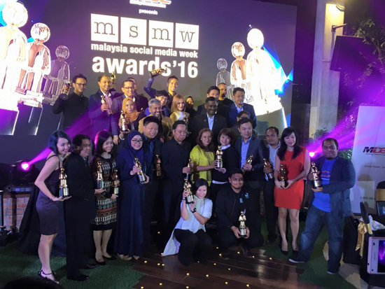 9 Top Blog Malaysia Media Social Week 2016