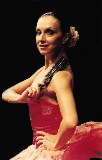 ccbe8f1924 Hoje é dia da bailarina Nora Esteves falar de suas lembranças! Uma  entrevista temática sobre suas memórias. Mais informações »