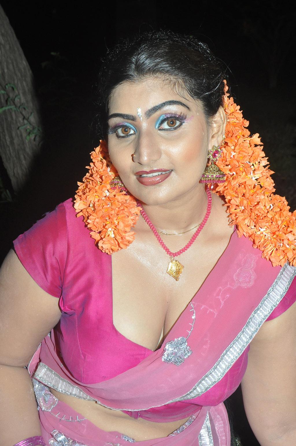 Actress Babilona Spicy Saree Pics At Siruvanilatest Telugu-2720