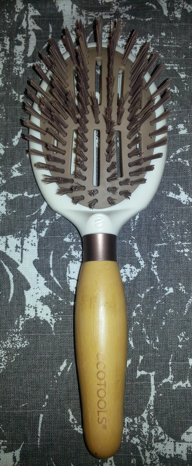 Eco Tools Sleek and Shine Finisher Brush