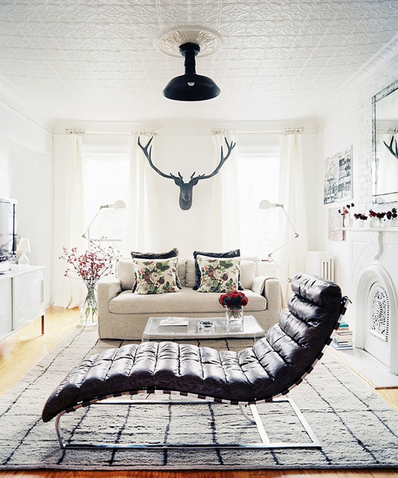 LOVE OR NOT: Faux taxidermy on wall | Image by Patrick Cline via Lonny