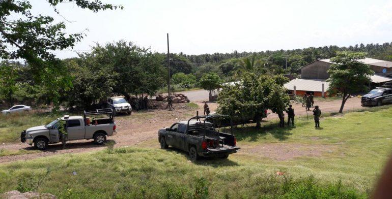 Nueva emboscada a Militares ahora en Lazaro Cardenas Michoacán