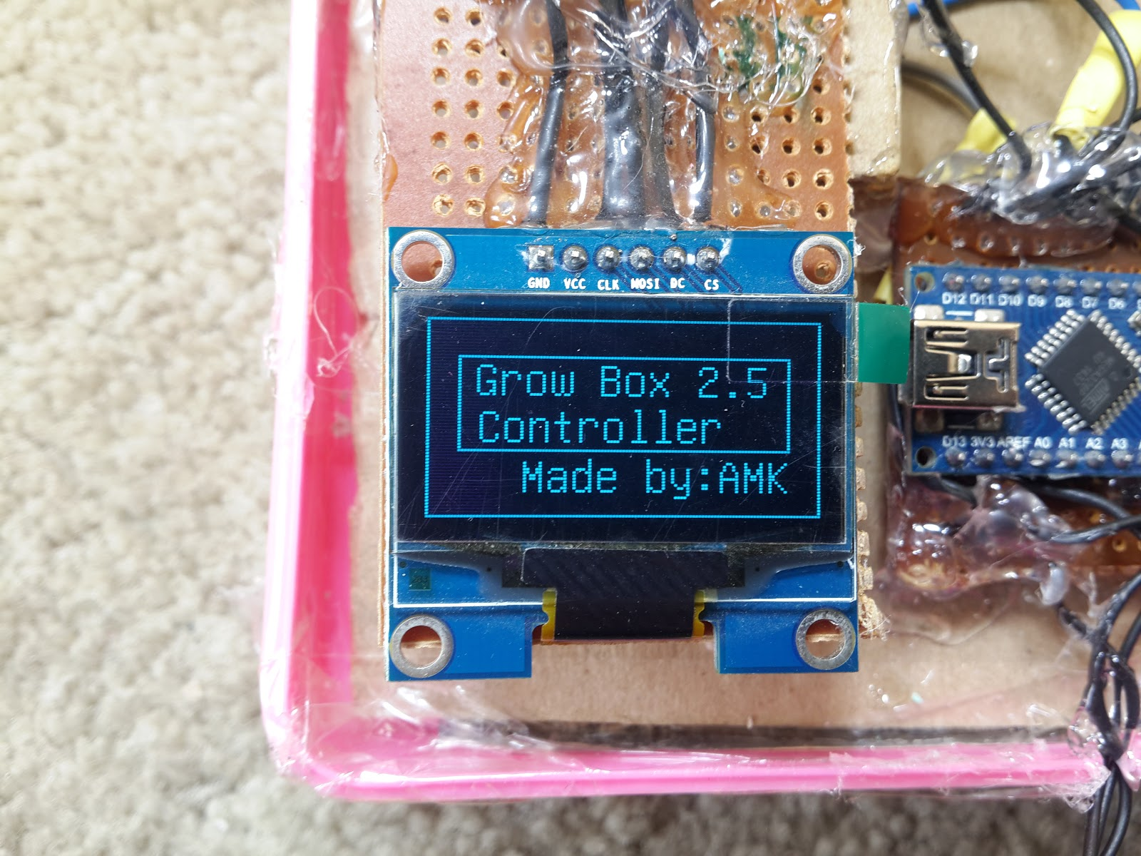 Diy projects diydo it yourself arduino nano micro an arduino nano micro controller a 10k thermistor a dht temperature and humidity sensor a real time clock a four channel relay module a red led solutioingenieria Images