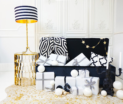 Monochrome Christmas trunk styling