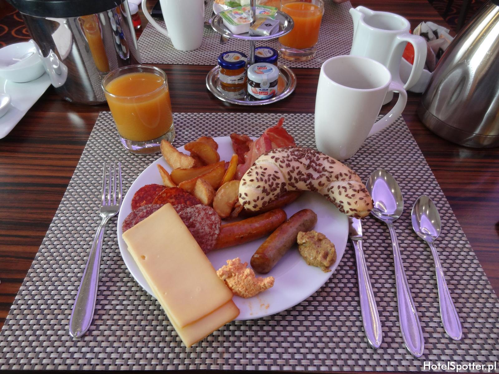 Hilton Budapest hotel recenzja review sniadanie