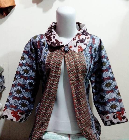 10 Model Baju Batik Kerja Untuk Wanita Gemuk Terbaru 2018