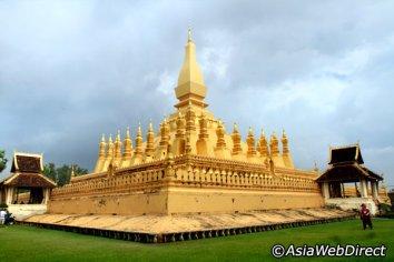 Dịp 30 tháng 4 và he đủ thời gian để du lịch Lào khám phá Viêng Chăn
