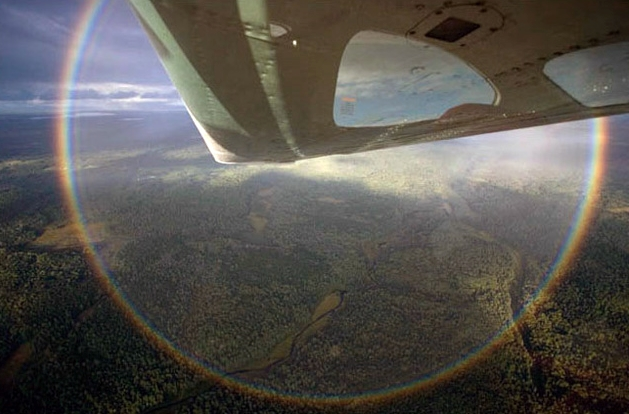 360 degree rainbow from the air