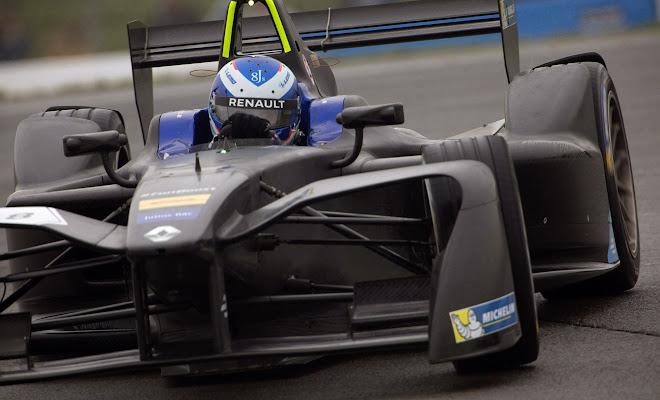 kr206_swpl Lexus Racing Driven To Perform