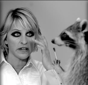 10 Cringe-Worth Make-Up Crimes We ALL Committed in Our ... Raccoon Eyes Makeup