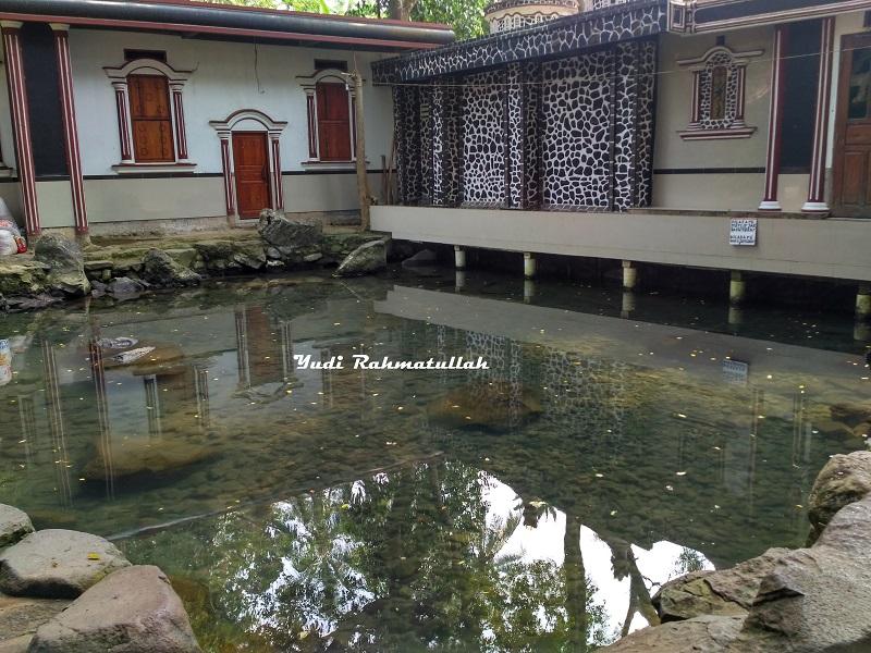 Wisata Religi Ke Batu Quran Pandeglang Banten