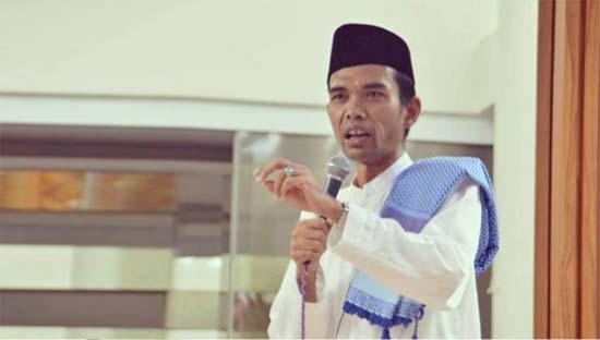 Hamka Muda Itu Bernama Ustad Abdul Somad - Tipsiana