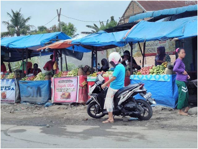 Rujak Buah Simpang Jodoh Sejak 1970, Pasar 7 Tembung