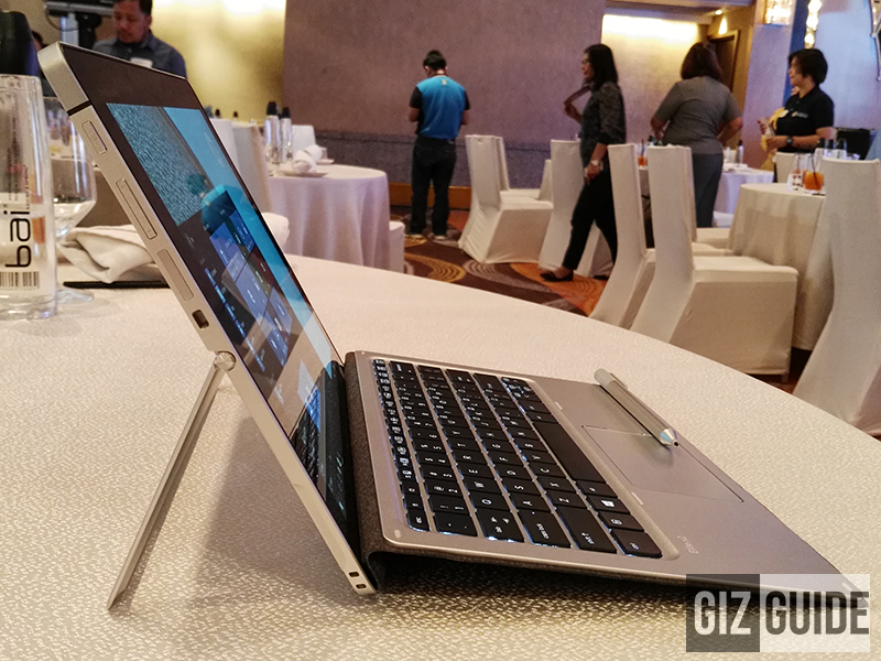 First Look! HP Elite X2 1012