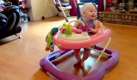 tips melatih anak belajar berjalan