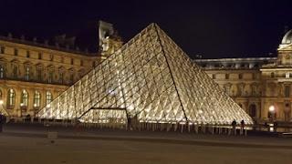 Louvre+Paris