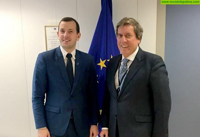 Gabriel Mato reclama financiación europea específica para la flota pesquera artesanal de Canarias