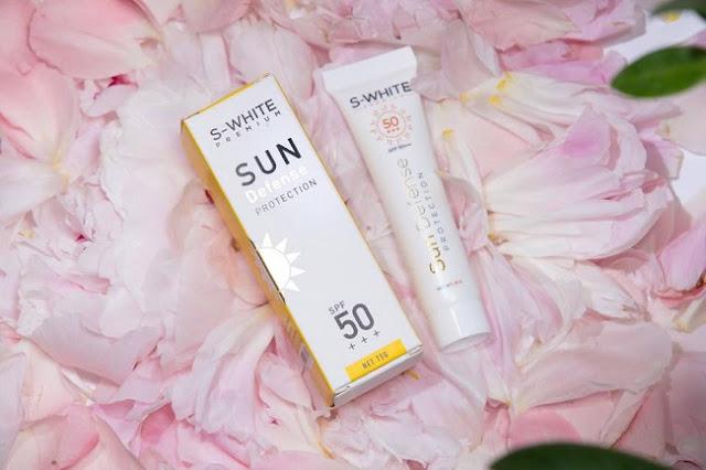 SPF 50+ là kem chống nắng swhite dành cho mọi làn da.