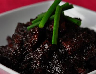 Daging Masak Hitam Yang Sedap