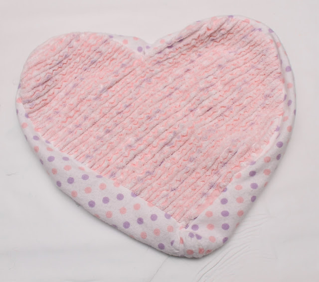 Heart pillow without stuffing
