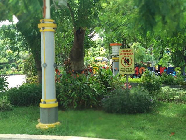 Fasilitas Taman Bundaran GKB