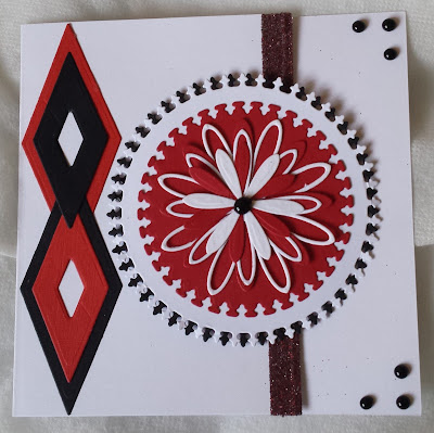 """Abstract flower in 3 colours 6"""" square card"""