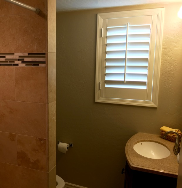 Bathroom Remodel For Under 5000: The Thrifty Snob: Turning A Half Bath Into A Full Bathroom