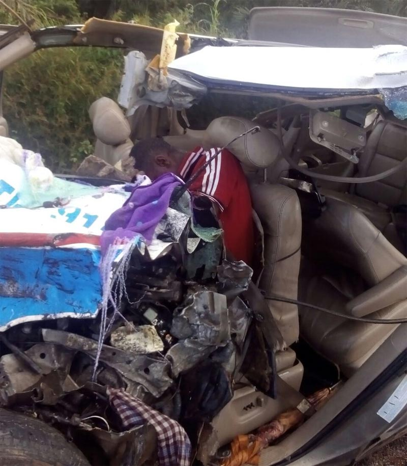 Graphic: Accident at Okigwe-Umuahia Express on Tuesday